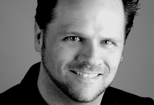 Image of Derek Featherstone
